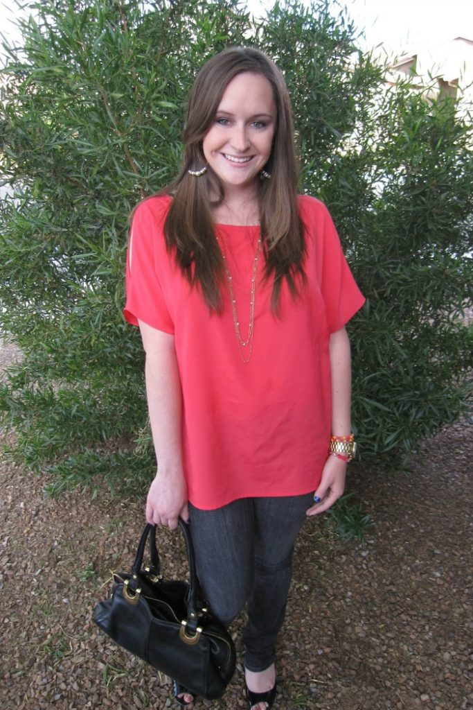How to attain simplicity in your spring wardrobe - Life. Love. Lauren - Click through to check out what she and other bloggers have to say about the topic!