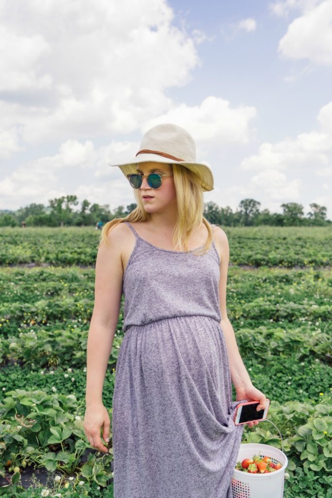 How to maintain confidence in your summer wardrobe - A Short Blonde - Click through to see what she and other bloggers have to say on the topic!