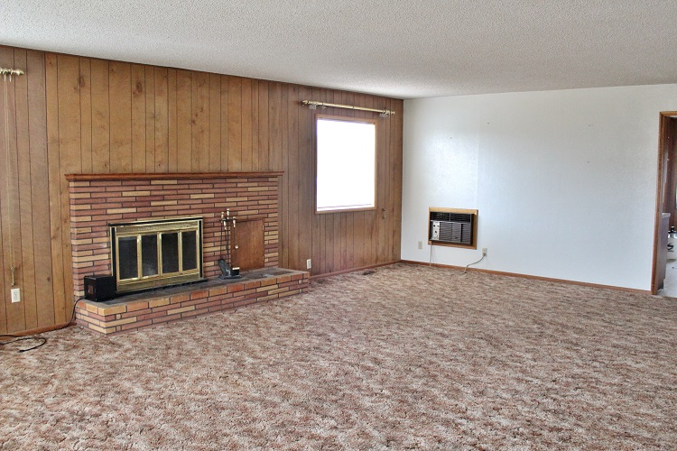Looking to purchase a fixer upper?  Here are a few tips and tricks to do it right!
