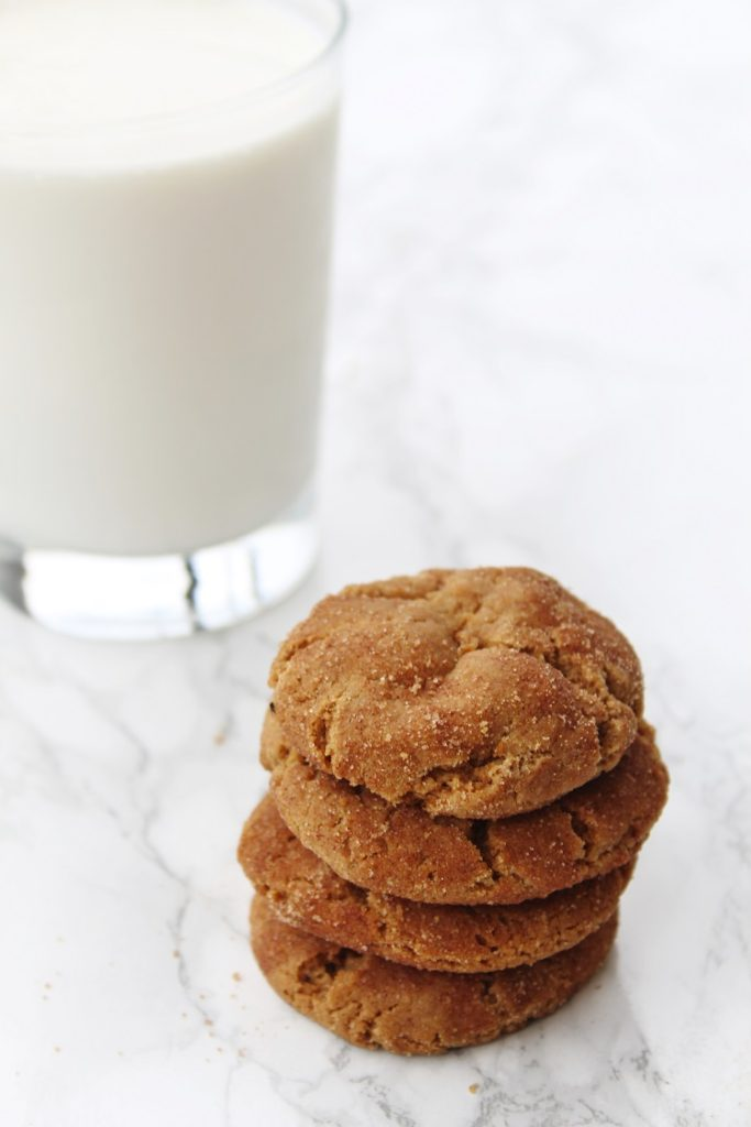 These Gingersnap Cookies are amazing!  Click through for the recipe!