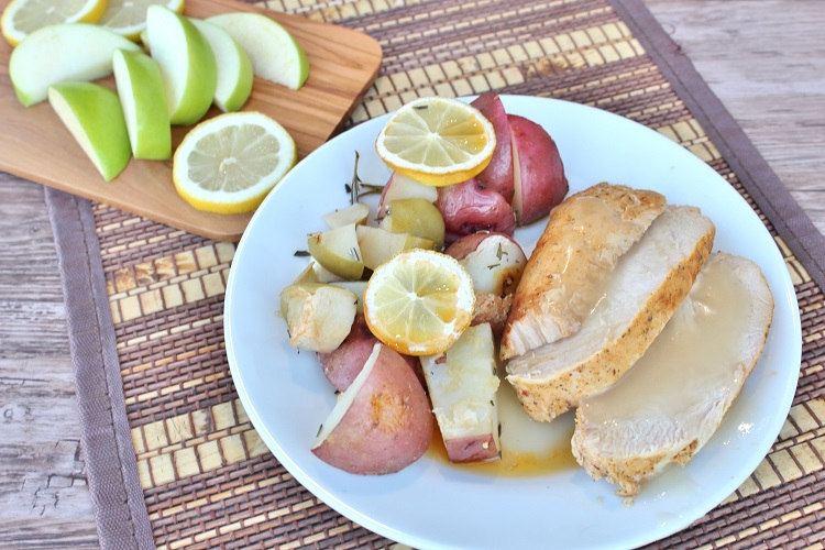 You NEED to make this amazing Thanksgiving inspired recipe!  Amazing turkey and lemon-rosemary apple and potatoes are where it's at!