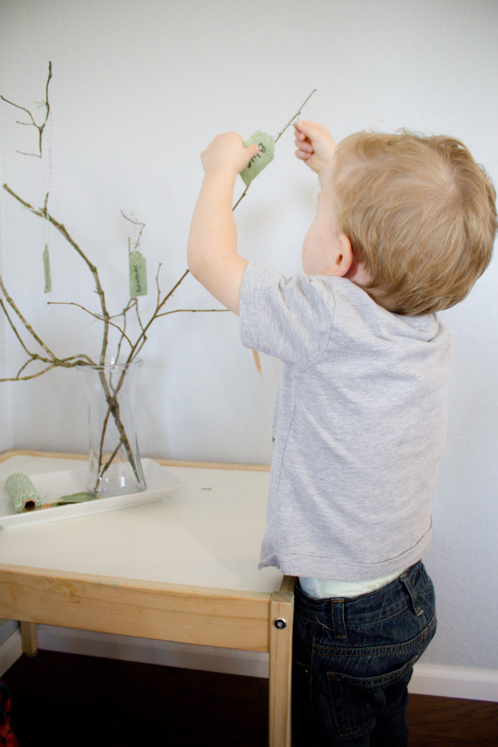 Spend the month of November teaching your toddler about thankfulness using a Thankful Tree!