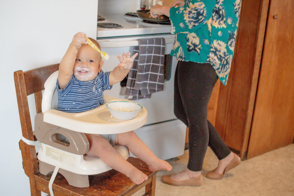 #ad We all struggle getting dinner on the table when kids are around! Here are some great tips for getting dinner on the table while raising kids!