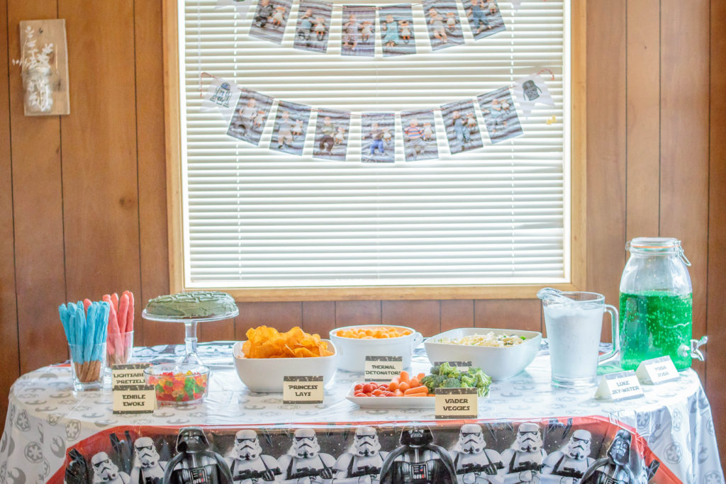 Plan the perfect Star Wars party for your little one!